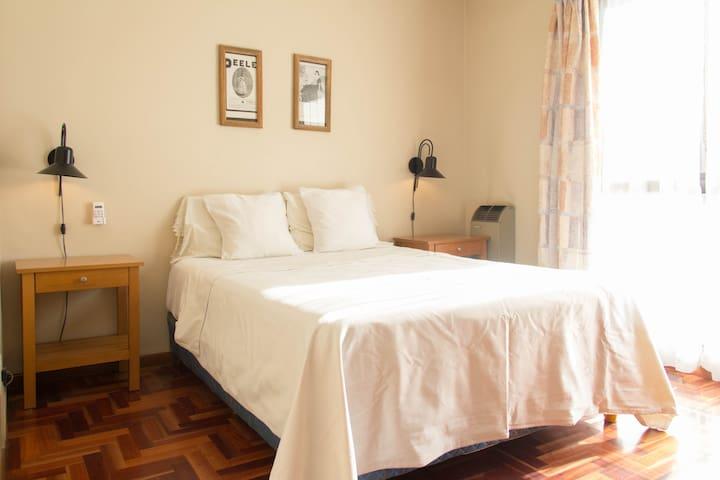 Departamento con terraza y vista - Mendoza - Daire