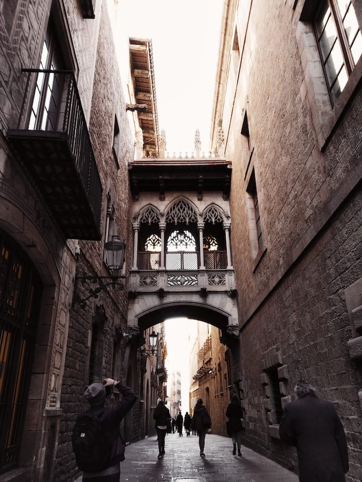 Walking narrow streets of Gothic Quarter