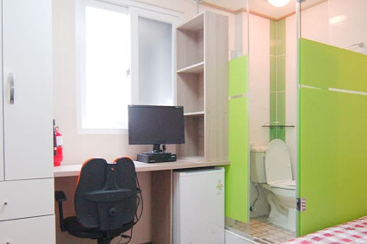 [Woman-only]ConyHouse Apgujeong-rodeo single- room