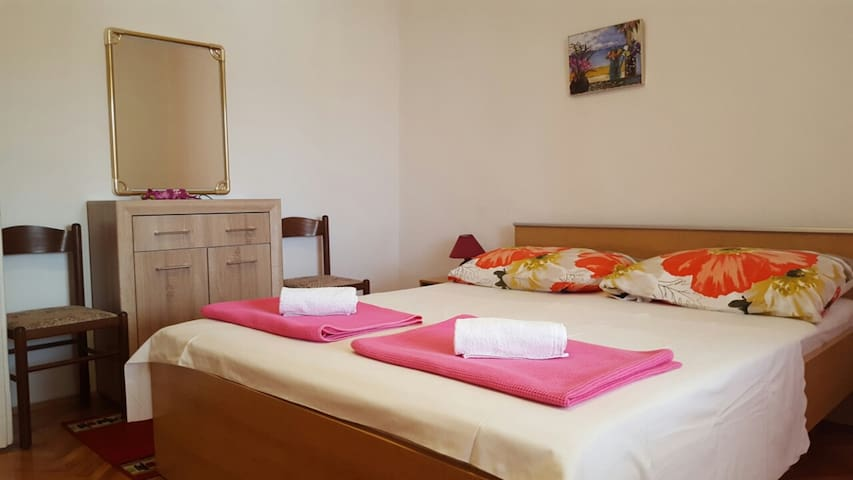 Room Jenny 3 for 2pax with sea view and terrace - Novalja - Ev