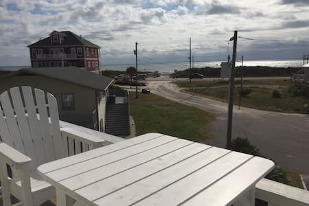 Affordable Island getaway - North Topsail Beach - House