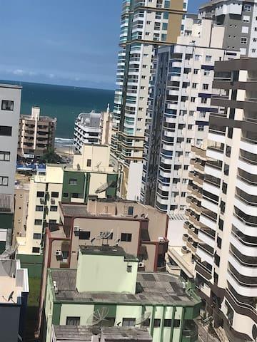 Coração Meia Praia - Itapema - 200 metros do Mar