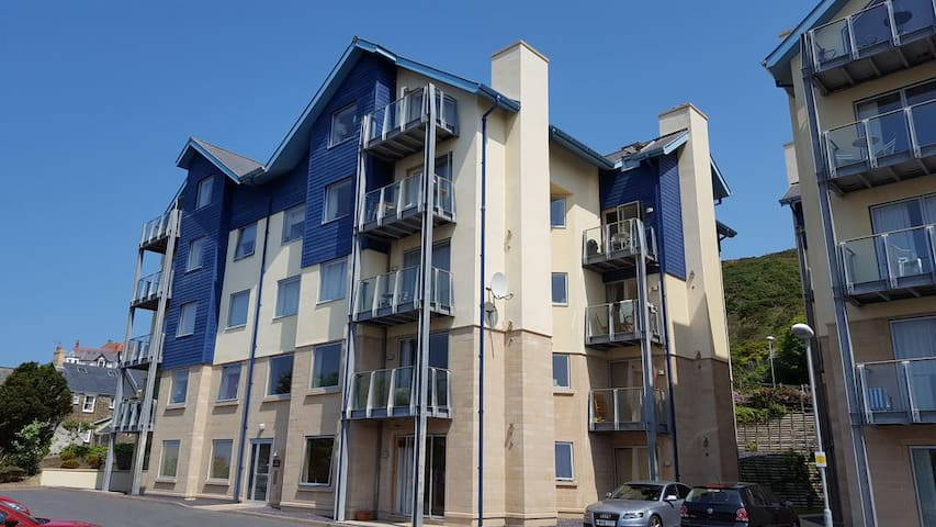 Luxury Apartment with Sea Views - Aberystwyth