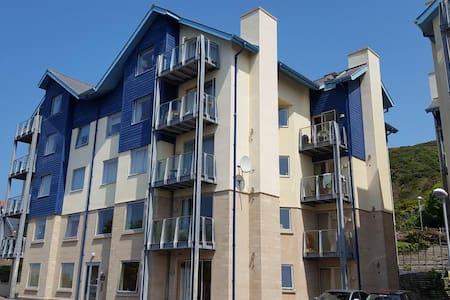 Luxury Apartment with Sea Views - Aberystwyth - Apartment
