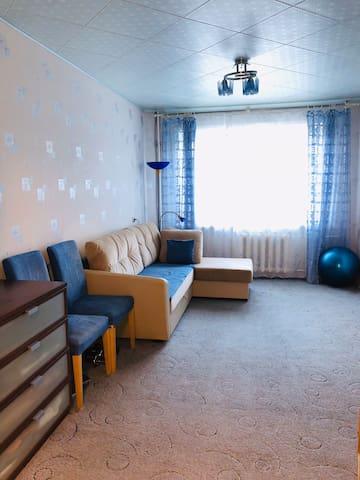 Уютная просторная квартира в спальном районе.