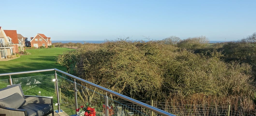 Kittiwake Cottage Filey with fab sea views - Filey - Huis