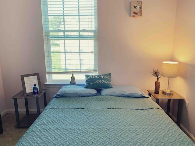★ Quaint Room & Private Bath In Charlottesville ★