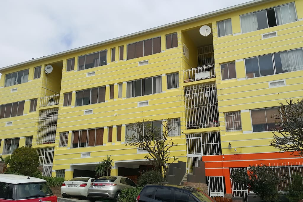 Bramber Court Apartments - Green Point - Cape Town