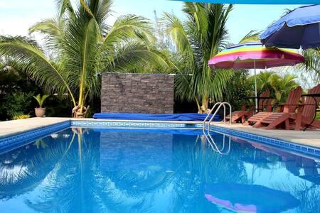 Carambolo: Casa de Descanso en Tampico Alto, Ver.