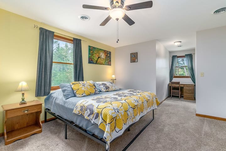 4th bedroom- upstairs, king bed, two queen mattresses and two twin mattresses set up in nooks and extra spaces