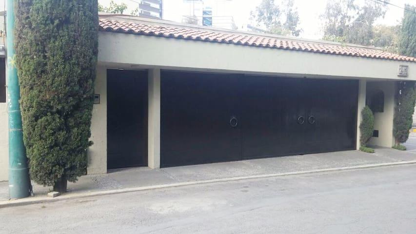 Main house rooms,   Cozy Studio, Sunny Studio - Ciudad de México - Dům