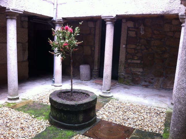 Medieval patio in Tui - Tui - House
