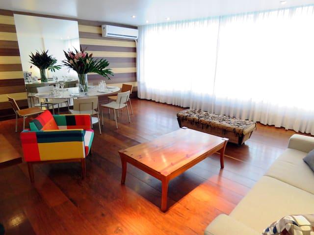 Appartement au dernier étage Maria Quitéria
