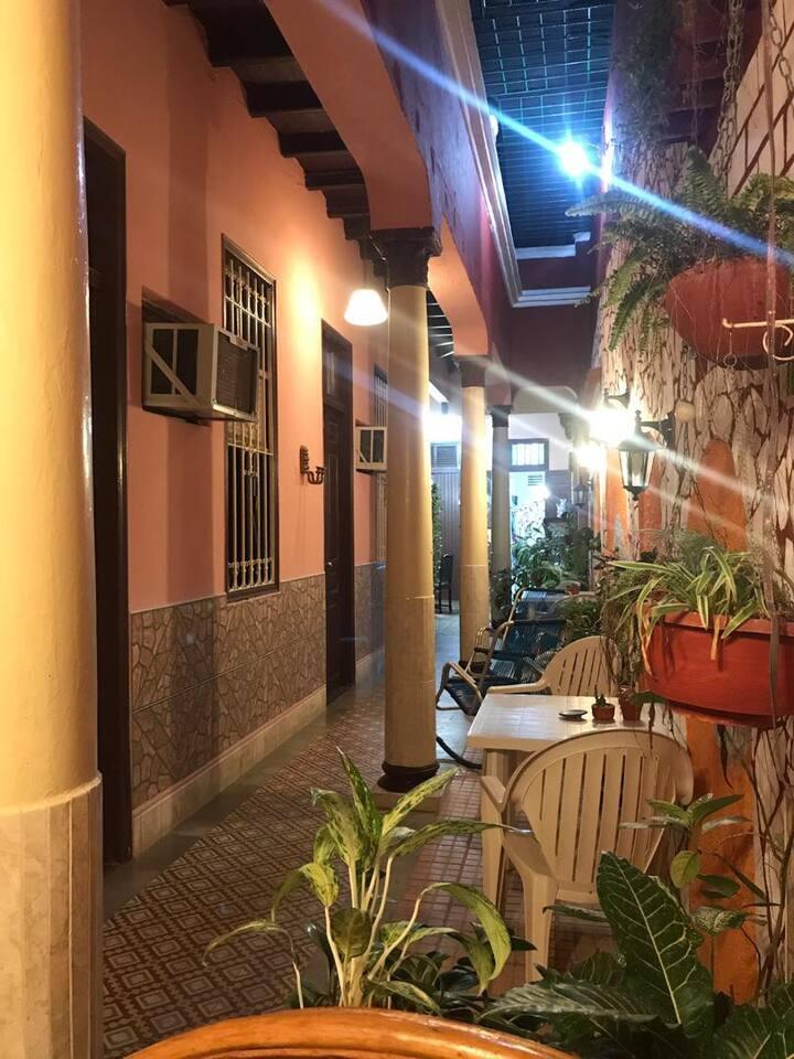 Casa Colonial Mirta y Candido Room 3 (Camaguey)