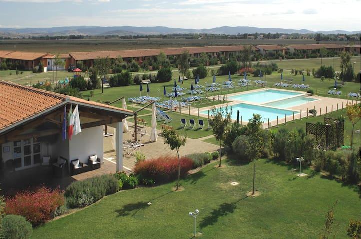 Maremma Toscana, Residence con piscina - Grosseto - Servicelägenhet