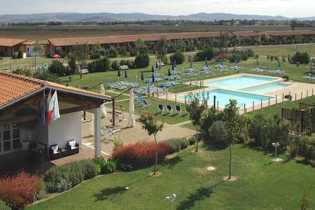 Maremma Toscana, Residence con piscina - Grosseto - Serviced flat