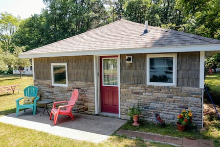 "Lakeshore Dune Cottage ""#9"" Aug 31 and + open."