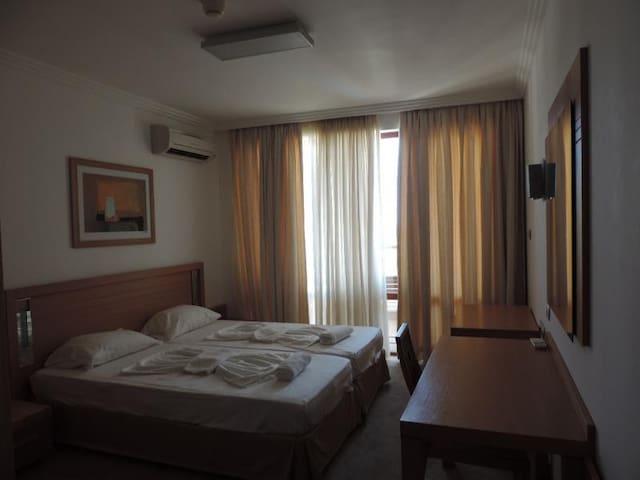 Апартаменты Emerald Resort - Ravda - Flat