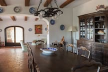 low level dinning room