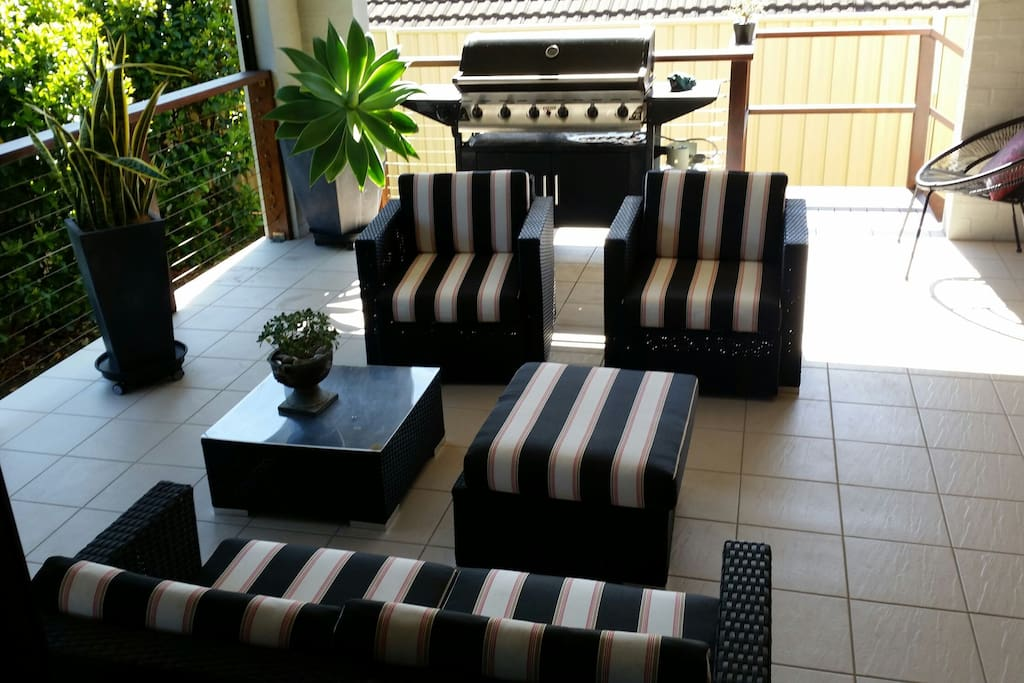 Outdoor living area to relax in.