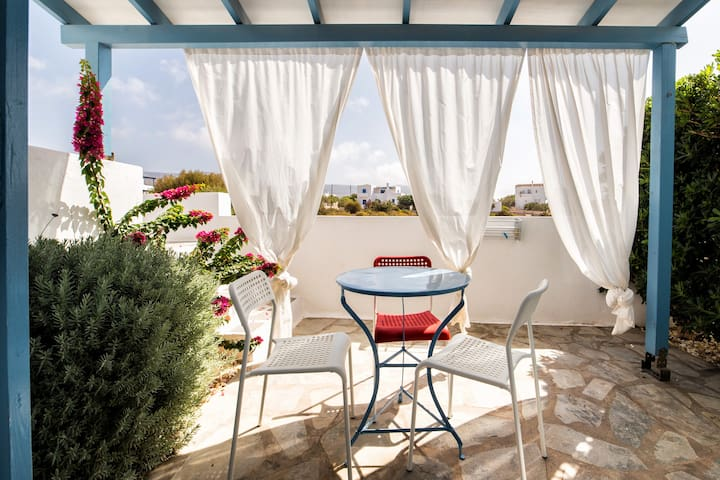 FIVOS APARTMENTS ALYKI PAROS - STUDIO APARTMENT