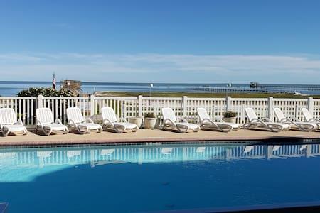 119 Rockport Vacation Condo Family & Couples