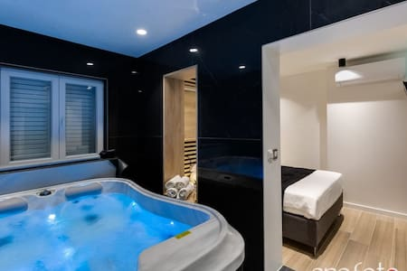 Marcius luxury apartment with jacuzzi and sauna