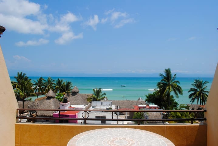 Punta Mita Ocean-View Apartment - 푼타 데 미타