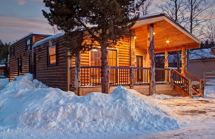 Breck Cabin Cottages For Rent In Breckenridge Colorado