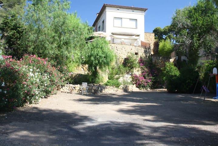 Xalet Mas Roselló - Tarragona - Haus