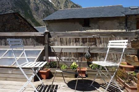 maison typique village de montagne - Porta