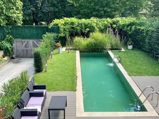 Studio et piscine privée à 5km BXL cadre idyllique