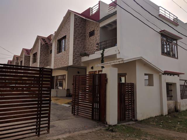 Grandeur Green Eco Villa