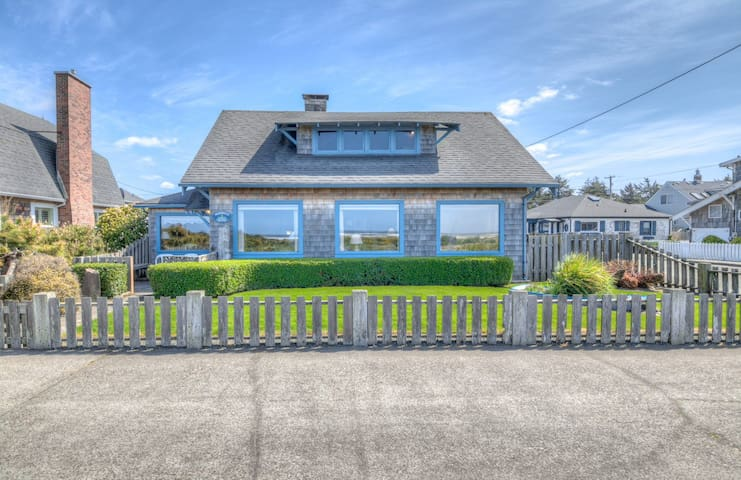 Historic Oceanfront Home with Updates Sits on Seaside Prom, Near Beach and Fun!