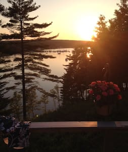 Beautiful Lahave River cottage - Pleasantville - Mökki