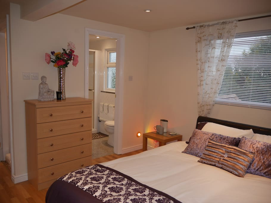 Double Bedroom with En-Suite with Lock on Bedroom Door for Privacy.