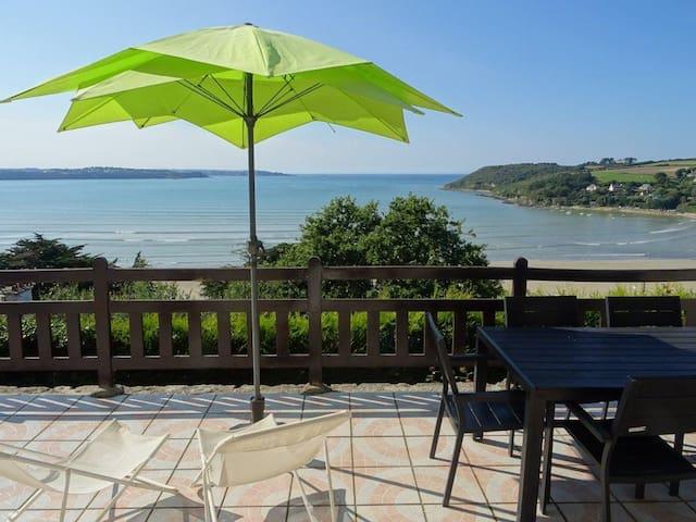 Villa vue mer panoramique - Saint-Michel-en-Grève - 別荘