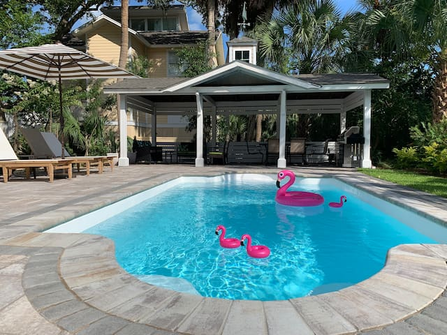New Resort-Style Pool, Cute House 88 Steps to Sand