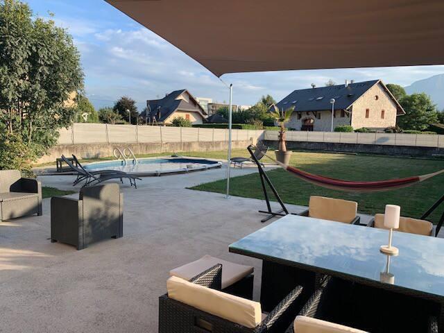 Au calme belle ferme rénovée avec piscine, 8 pers