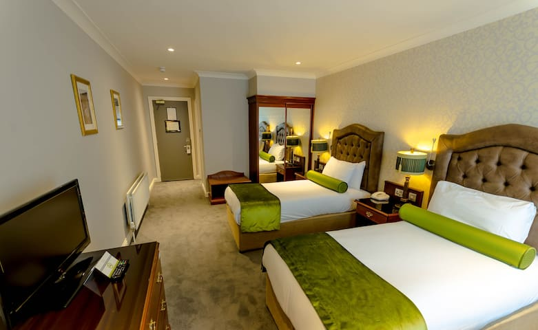 Drury Court Hotel- Super central Dublin hotel