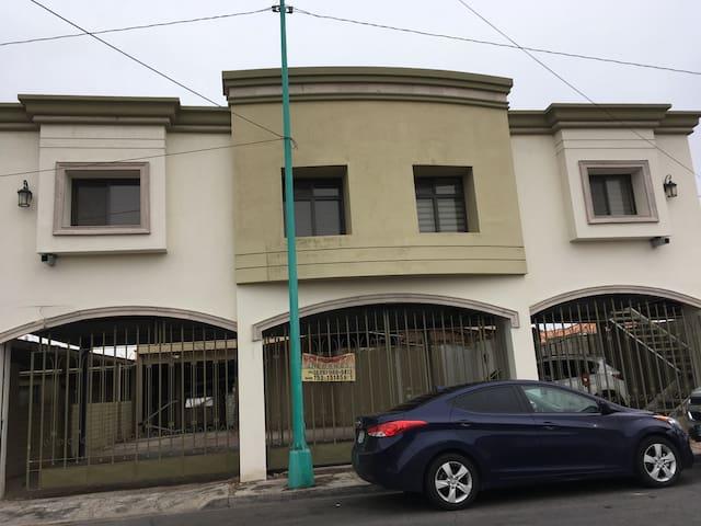 Aaa Ejecutivos Zona Hotelera - Mexicali - Appartement