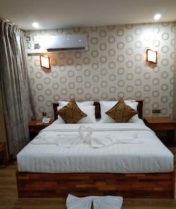 Aung Chan Thar Hotel