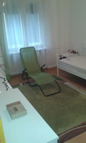 Zimmer in Tegel Seenähe und wlan