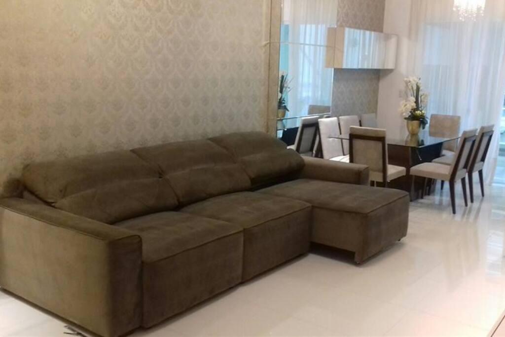 sofá super. confortável e impermeabilizado