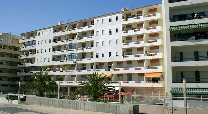 T1 para ferias em Quarteira-Algarve (1ª linha mar)