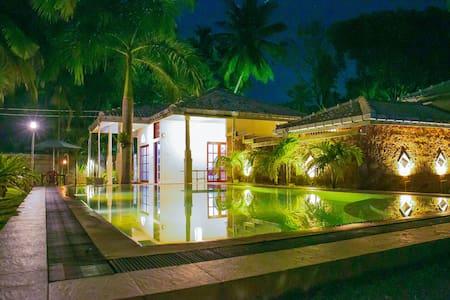 Pavana Hotel Negombo - Negombo - 小屋