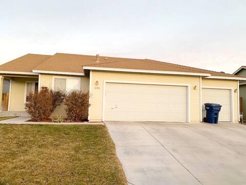 Modern, Lg 2-bdrm Fernley Home, Near Reno & Carson