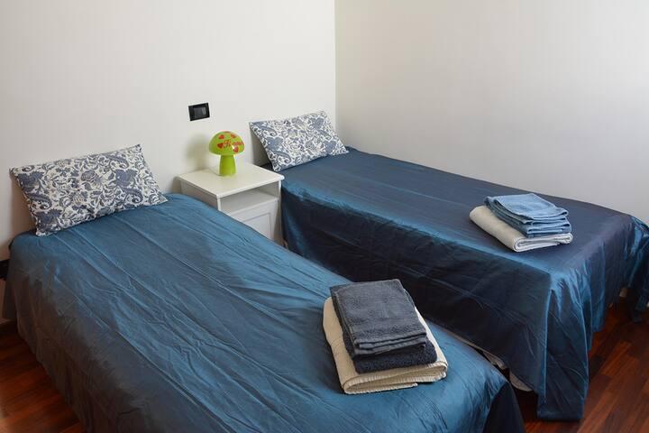 Max Rooms 2