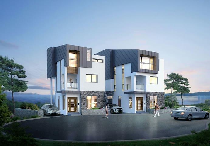 Twins 여수 엑스포 오동도 야경 단독 3층주택   美丽的丽水 - 여수시 - Huis