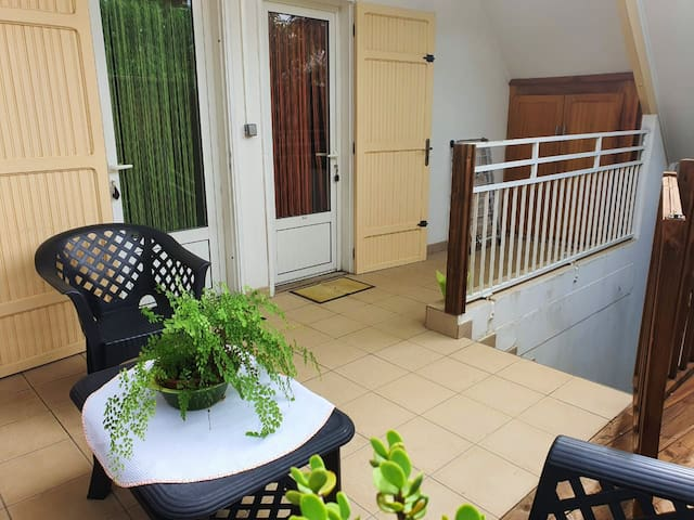 Apartment with one bedroom in Ravine des Cabris, with shared pool, enclosed garden and WiFi